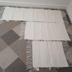 Strapaté krémové – šírka 40cm