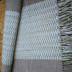 Vzor nite zelený, sv.zelené kocky so strapcami – šírka 60cm
