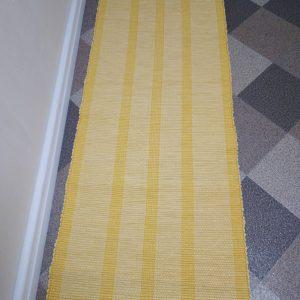 vzor – žlté pruhy š.60 cm