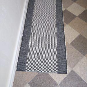vzor nite sivý š.60 cm
