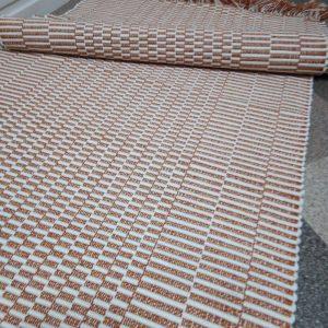 vzor nite oranžový celokocočkovaný š.70cm