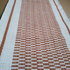 bielo – oranžová štóla, vzor nite š. 40cm